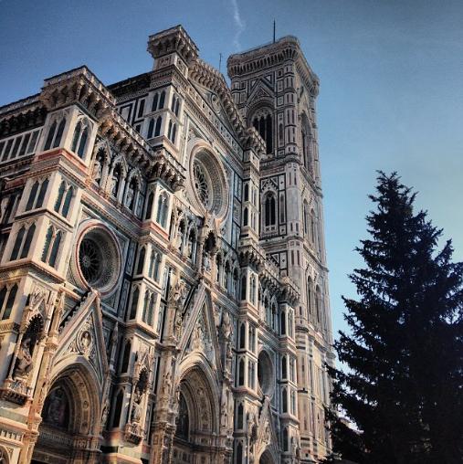 Julgranen framför Il Duomo